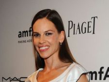 Hilary Swank s-a despartit de iubit