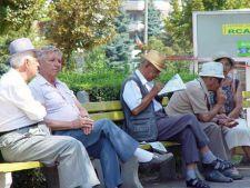 Hotarare de Guvern: Banii retinuti ilegal pensionarilor vor fi restituiti pana in septembrie 2013