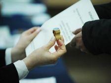 Alegerile parlamentare vor avea loc pe loc pe 2 decembrie