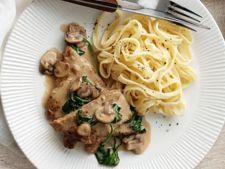 Vitel cu sos marsala, spanac si ciuperci