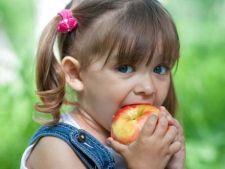 Copiii inscrisi la clasa pregatitoare vor primi fructe proaspete