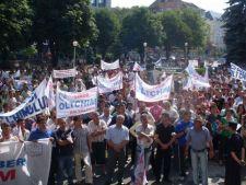 Noi proteste la combinatul Oltchim Ramnicu Valcea