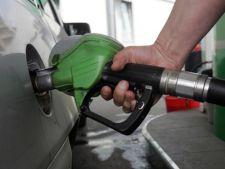 Benzina, alcoolul si tigarile se scumpesc de la 1 ianuarie 2013