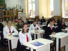 Elevii au gasit o modalitate inedita de a promova bacalaureatul