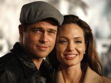 Afla de ce s-a amanat nunta Angelinei Jolie!