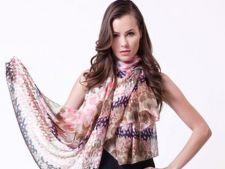 Esarfe de toamna: 7 modele la moda in 2012