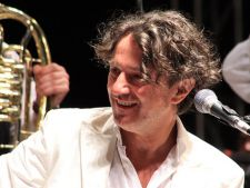 Goran Bregovic revine in Romania. Afla cat vor costa biletele!