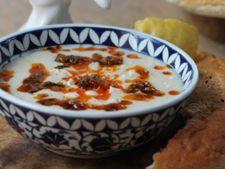 Supa de pui, iaurt si menta