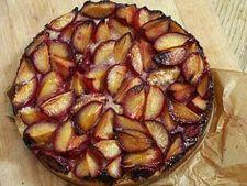 Tarta cu prune si gem