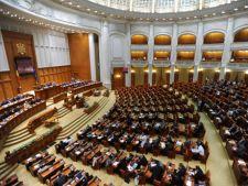 Deputatii dezbat azi motiunea