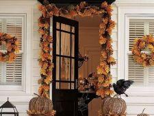 Decoratiuni de Halloween pentru usi
