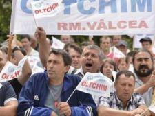 500 de angajati de la Oltchim vor beneficia de ajutoare sociale din partea Guvernului