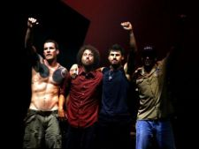 Trupa Rage Against The Machine isi relanseaza albumul de debut