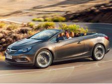 Opel a prezentat primele imagini cu modelul decapotabil Cascada