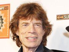 Mick Jagger intentioneaza sa produca un film despre James Brown