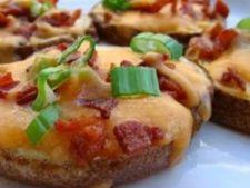 Rondele de cartofi cu cascaval si bacon