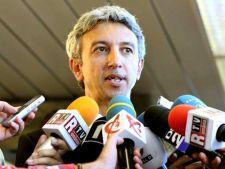 Alegeri parlamentare 2012: Dan Diaconescu va concura impotriva lui Victor Ponta la Colegiul 6 din Ta