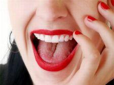5 nuante de ruj care iti fac dintii sa para mai albi