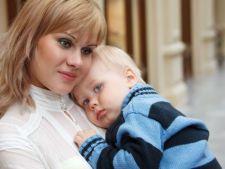 Dormi cu bebelusul in pat? 6 sfaturi pentru siguranta acestuia