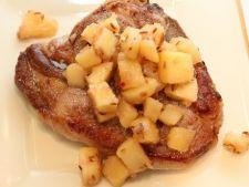 Porc cu chutney de mere