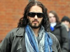 Russell Brand a fost dat in judecata. Afla de ce!