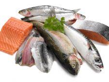 Consumul de peste gras reduce riscul de atacuri de inima