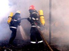 Pompierii, sabotati de strazile inguste si lipsa hidrantilor