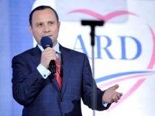 Aurelian Pavelescu (ARD): Viitorul Romaniei nu poate fi alaturi de plagiatorul Ponta si securistul V