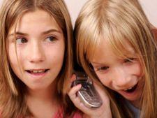 Cand este bine sa-i cumperi copilului tau un telefon mobil?