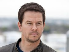 Mark Wahlberg va juca in