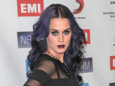 Katy Perry nu a terminat liceul, dar nu regreta decizia luata