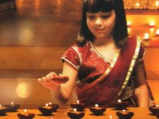 Indragostit de cultura indiana? Mergi la Diwali, Festivalul Luminilor!