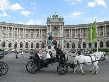 Afla de cati bani de buzunar ai nevoie in Viena