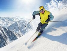 ADVERTORIAL Intampina iarna cu echipamentul complet: iata 3 modele de casti ski pe care trebuie sa l