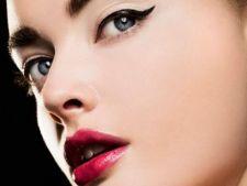 5 trucuri de machiaj pentru ochi mici