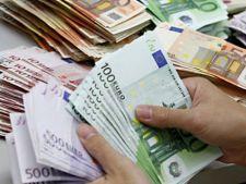 Cat va fi cursul leu/euro dupa alegerile parlamentare din decembrie