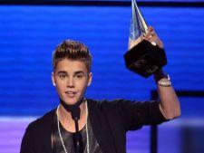 Justin Bieber a castigat cele mai multe premii la gala American Music Awards 2012