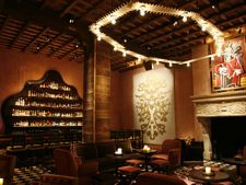 Hoteluri cu cele mai interesante baruri si restaurante din lume