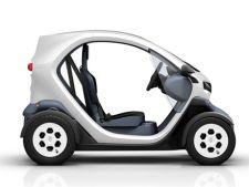 Renault recheama in service 8.000 de masini Renault Twizy