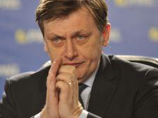 Sondaj alegeri prezidentiale: 37% dintre romani l-ar vota pe Crin Antonescu