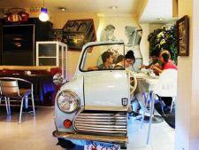 Cum arata restaurantul unde poti manca intr-o masina de epoca
