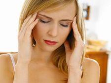 Durerile de cap si dietele de slabit: Interpreteaza semnalele corpului tau!