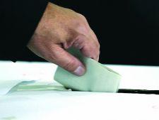 Alegeri parlamentare 2012: Alegatorii pot afla online integritatea candidatilor