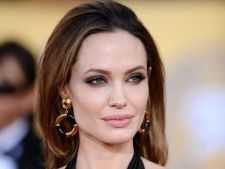 Angelina Jolie renunta la cariera cinematografica?