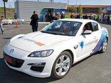 Mazda_RX-8_H2RE_Ceremony