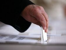 Alegeri parlamentare 2012: Romanii in tranzit, fara resedinta in strainatate, nu pot vota