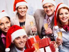 Ce cadouri ciudate ofera de Craciun sefii si colegii de serviciu