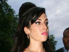 Amy Winehouse, insarcinata inainte sa moara