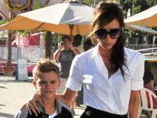 Romeo, fiul Victoriei si al Lui David Beckham, a debutat in lumea modellingului