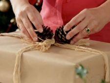 Ponturi pentru a impacheta perfect cadourile de Craciun
